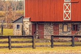 Fenced_Barn