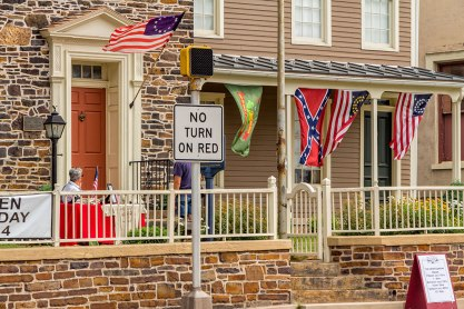 Civil-War-Flags-and-House