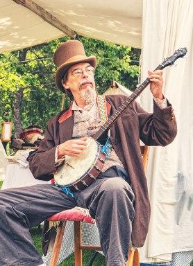 Eckley-Banjo-Man-2