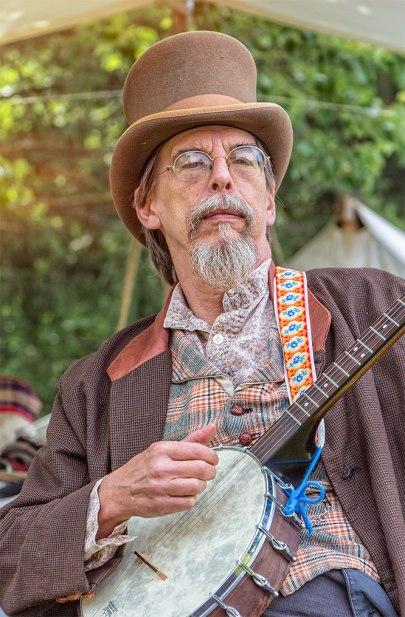 Eckley-Banjo-Man