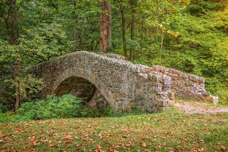Buttermilk_Falls_Bridge