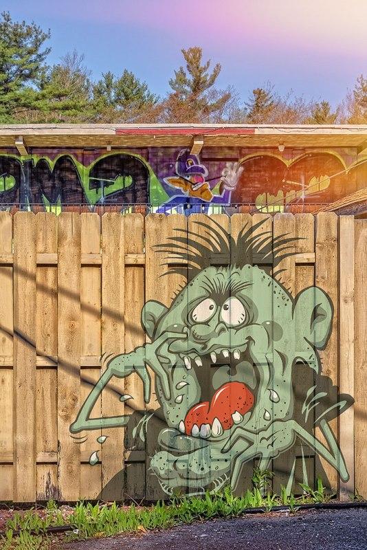 Motel-Graffiti