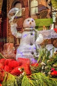 Friendly-Snowman-2
