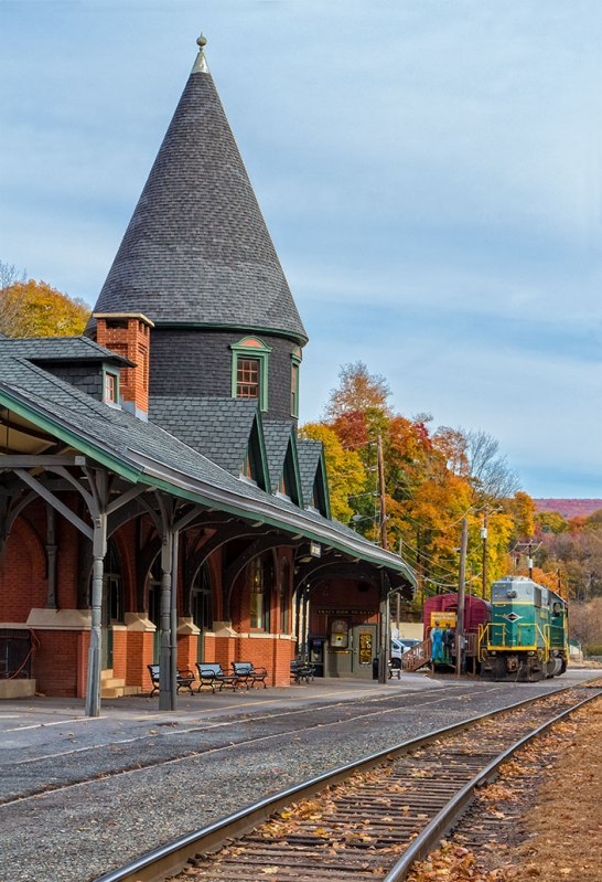 Jim-Thorpe-In-Fall-6