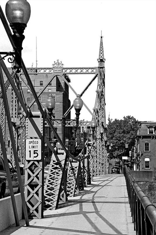 Bridge-Walkway
