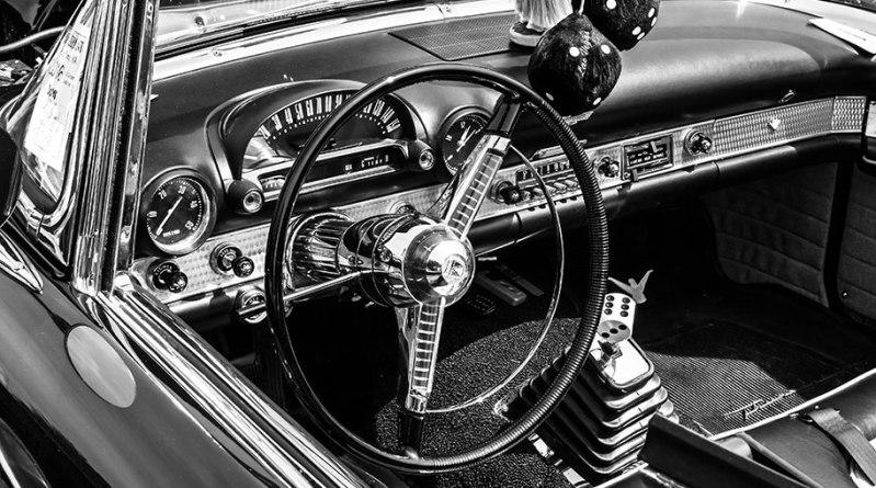 black-white-classic-car-2