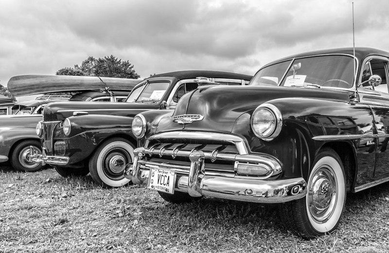 black-white-classic-car-6