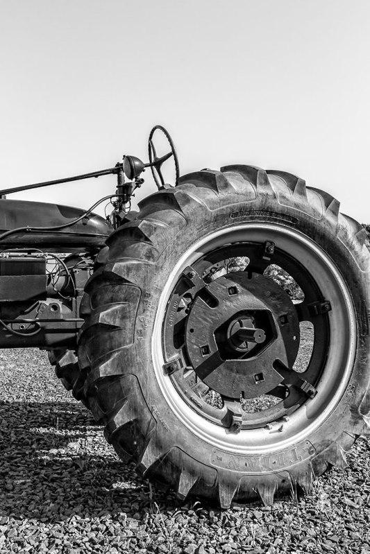 tractor-wheel