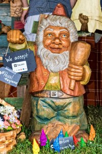 Gnome-Wood-Carving