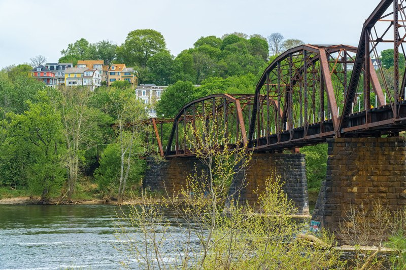 Easton-Bridges-3