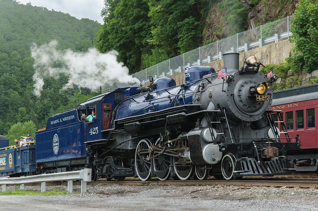 Jim-Thorpe-Train-1