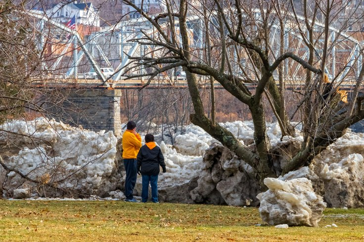 Susquehanna-Ice-Chunks-5