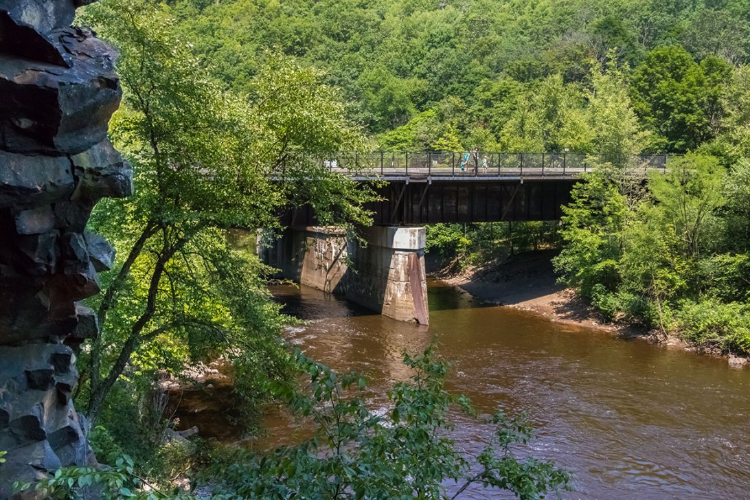 Lehigh-River-Through-Gorge